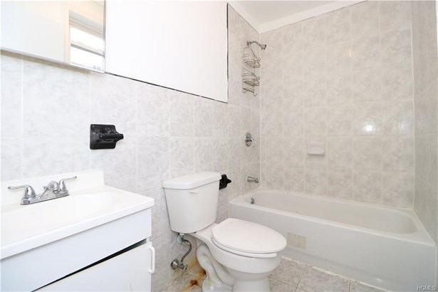 Apartment - Bronx, NY (photo 5)
