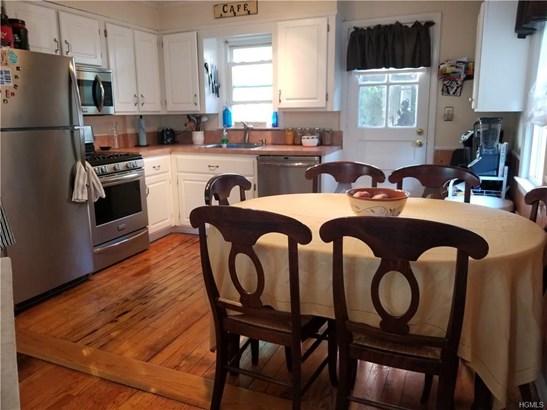 Two Story, Single Family - Yonkers, NY (photo 2)