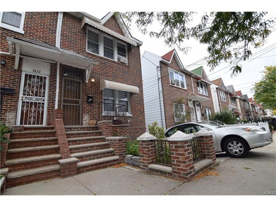 Contemporary, Single Family - Bronx, NY (photo 2)
