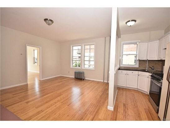 Rental, Two Story - Bronx, NY (photo 1)