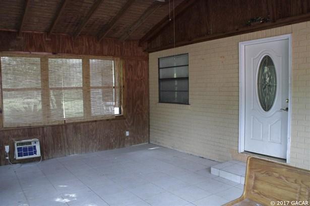 Cottage, Detached - Hampton, FL (photo 2)