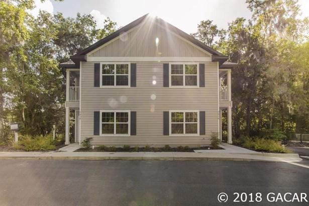 Townhouse, Garden/Patio - Gainesville, FL (photo 2)