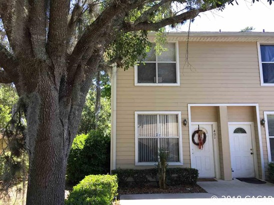 Townhouse, 2 Story - Gainesville, FL (photo 1)