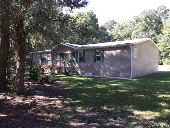 Manuf (Modular or Mobile), Traditional - Fanning Springs, FL (photo 1)