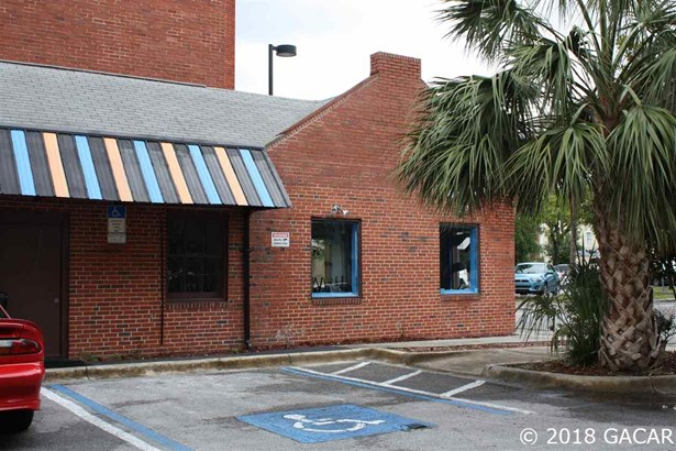 Rest/Food/Drink Facility - Gainesville, FL (photo 4)