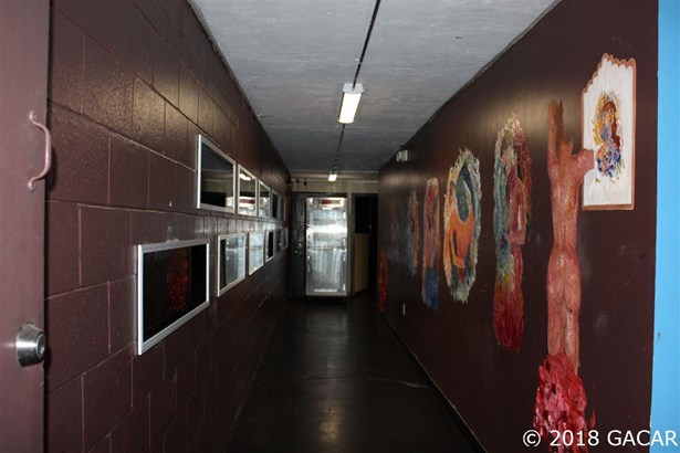 Rest/Food/Drink Facility - Gainesville, FL (photo 5)