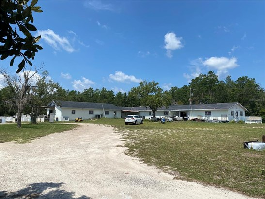 Single Family Residence - WILLISTON, FL