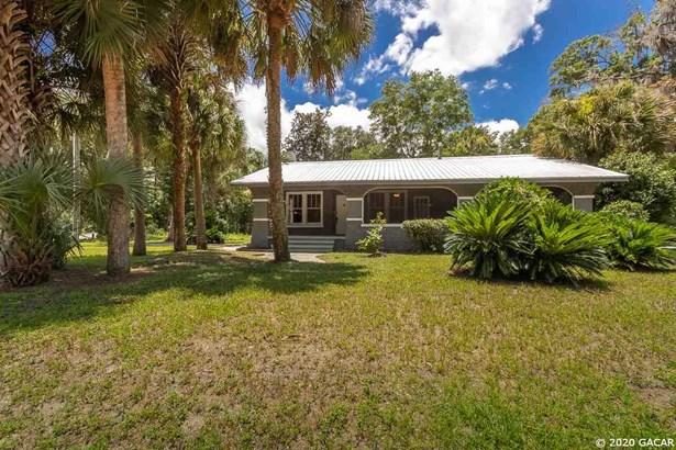 Spanish, Detached - Gainesville, FL