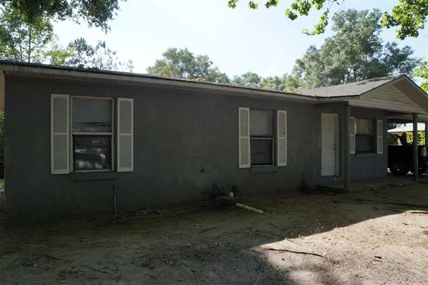 Traditional, Detached - Chiefland, FL (photo 2)