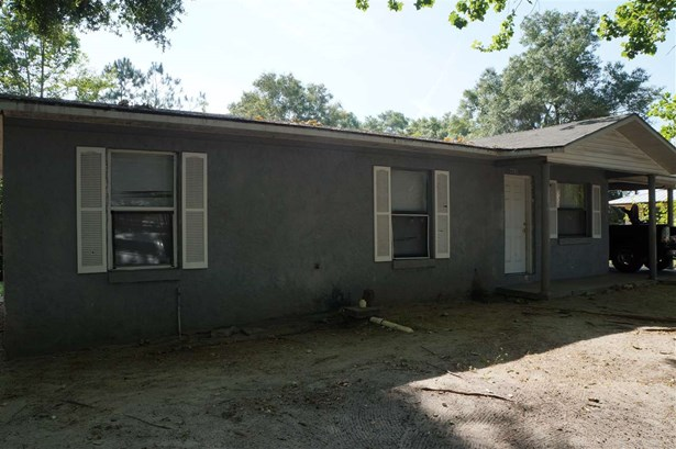 Traditional, Detached - Chiefland, FL (photo 3)