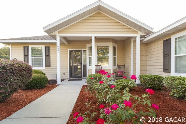 Traditional, Detached - High Springs, FL (photo 4)