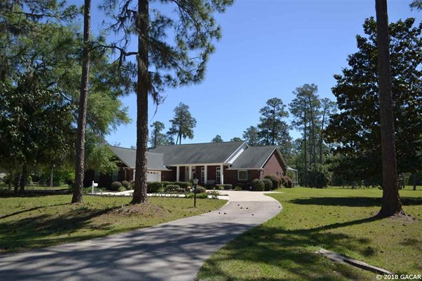 Traditional, Detached - Perry, FL (photo 1)