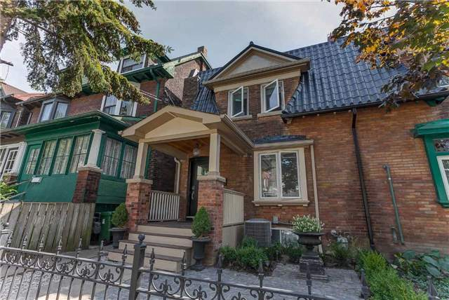 27 Grafton Ave, Toronto, ON - CAN (photo 1)
