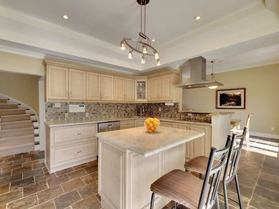 2200 Courrier Lane, Mississauga, ON - CAN (photo 5)