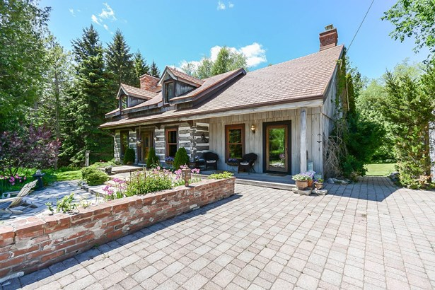 1740 Queen Street, Caledon, ON - CAN (photo 1)