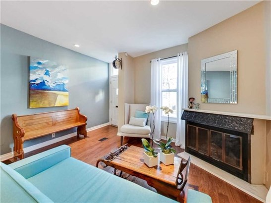 34 Bright St, Toronto, ON - CAN (photo 1)