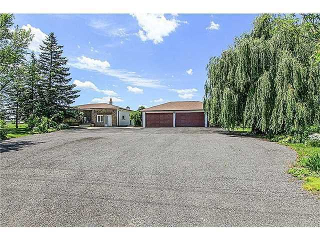 2322 Patterson Rd, West Lincoln, ON - CAN (photo 4)