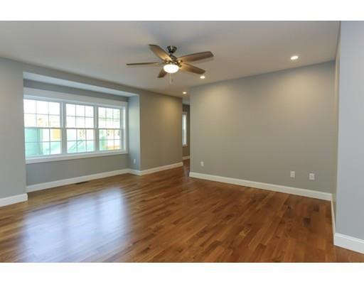 491 Essex Avenue, Gloucester, MA - USA (photo 2)