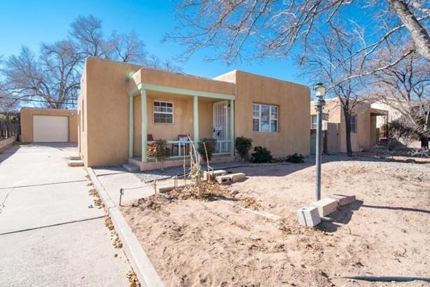 Pueblo, Detached - Albuquerque, NM (photo 2)