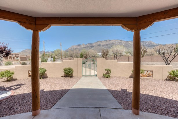 Detached - Albuquerque, NM (photo 4)