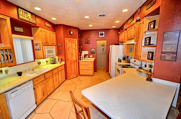 Custom,Northern New Mexico, Detached - Albuquerque, NM (photo 4)