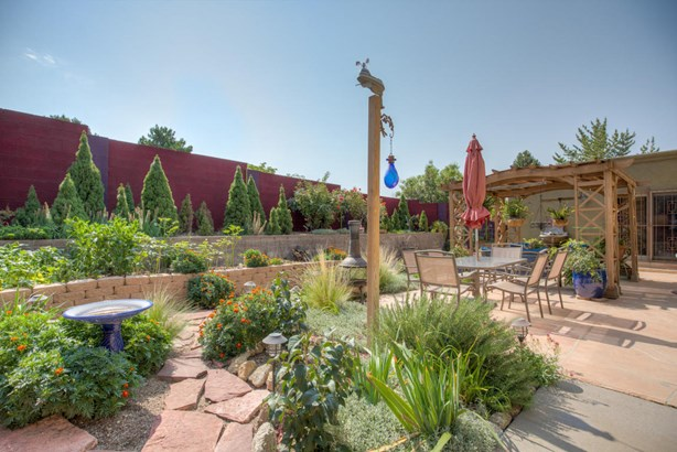 Custom, Detached - Albuquerque, NM (photo 2)