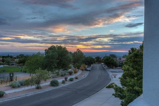 Contemporary, Detached - Albuquerque, NM (photo 2)