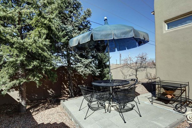 Attached, Pueblo,Zero Lot - Albuquerque, NM (photo 4)
