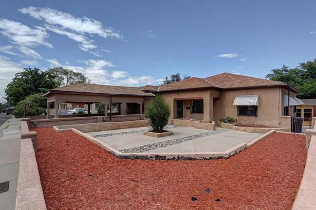 Ranch, Detached - Albuquerque, NM (photo 2)