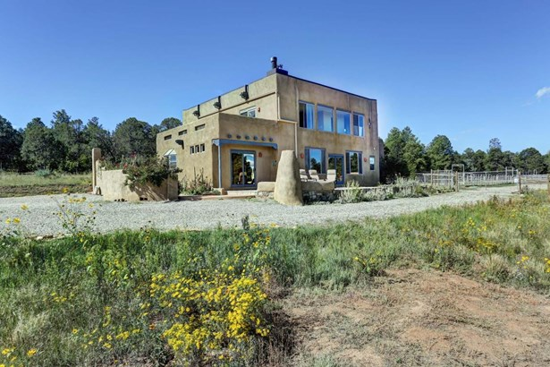 Northern New Mexico,Pueblo, Detached - Tijeras, NM (photo 1)