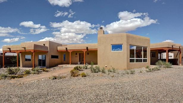 Pueblo,Ranch, Detached - Rio Rancho, NM (photo 1)
