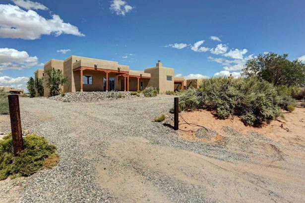 Pueblo,Ranch, Detached - Rio Rancho, NM (photo 2)