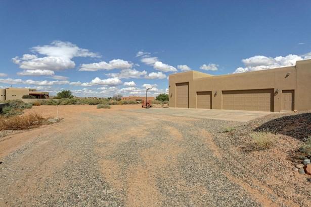 Pueblo,Ranch, Detached - Rio Rancho, NM (photo 5)