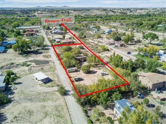Fixer Upper, Detached - Albuquerque, NM (photo 2)