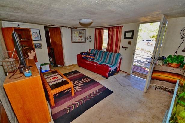 Fixer Upper, Detached - Albuquerque, NM (photo 4)