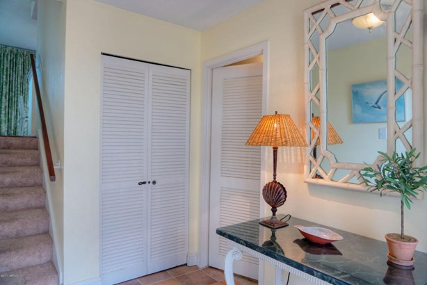 Condominium, Multi Level Unit - FERNANDINA BEACH, FL (photo 2)