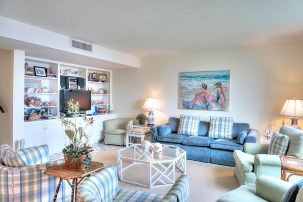 Condominium, Multi Level Unit - FERNANDINA BEACH, FL (photo 3)