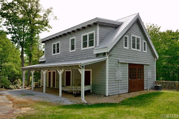 Single Family Home,Farmhouse, Farmhouse - Sapphire, NC (photo 4)