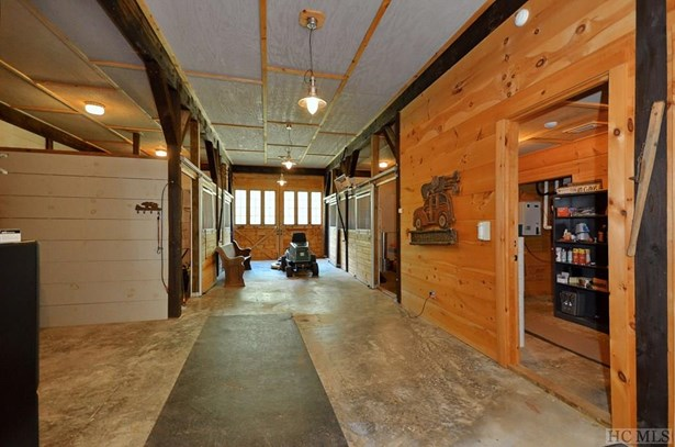 Single Family Home,Farmhouse, Farmhouse - Sapphire, NC (photo 5)
