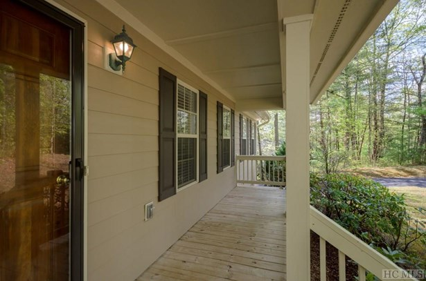 1 Story,Traditional, Single Family Home,1 Story,Traditional - Sapphire, NC (photo 3)