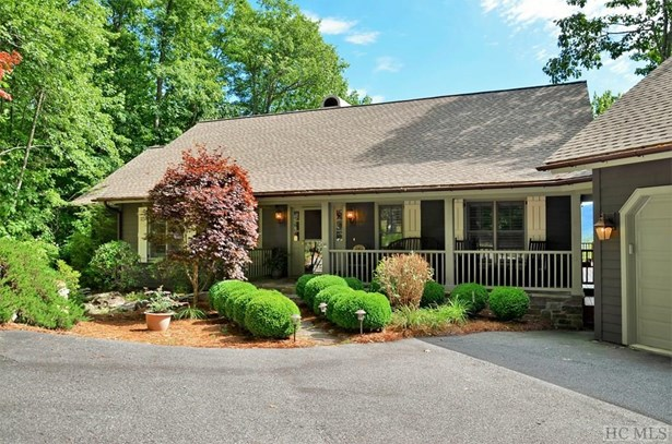 1 Story, Single Family Home,1 Story - Cashiers, NC (photo 3)