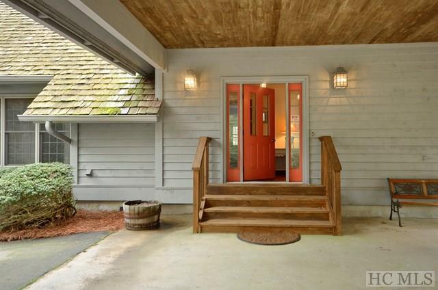1.5 Story, Single Family Home,1.5 Story - Cashiers, NC (photo 2)