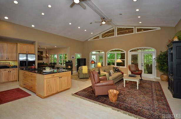 1 Story,Traditional, Single Family Home,1 Story,Traditional - Sapphire, NC (photo 2)