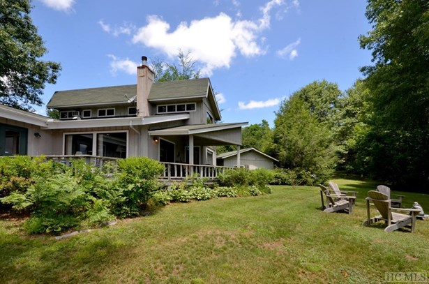 Single Family Home,2 Story, 2 Story - Glenville, NC