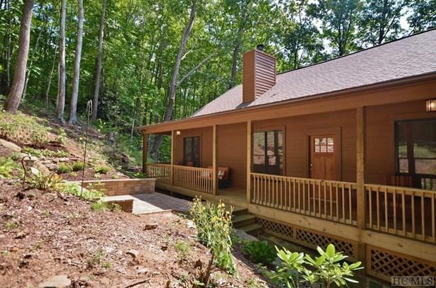 Single Family Home,2 Story, 2 Story - Sapphire, NC (photo 5)