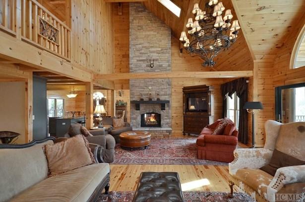 Single Family Home,Log,2.5 Story, Log,2.5 Story - Sapphire, NC (photo 5)