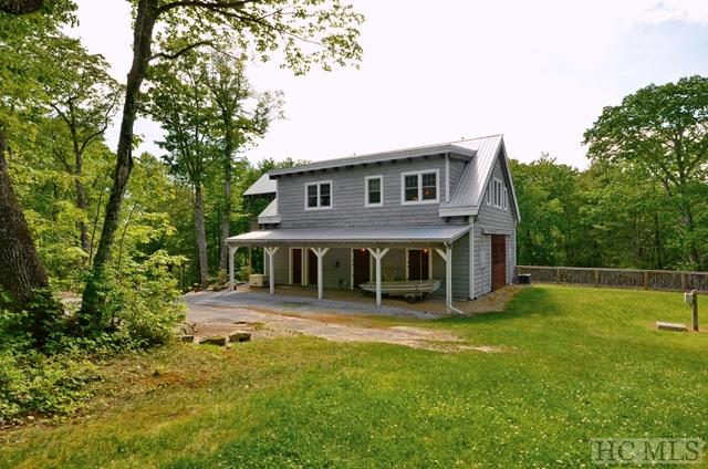 Arts and Crafts,Farmhouse - Single Family Home,Arts And Crafts,Farmhouse (photo 2)