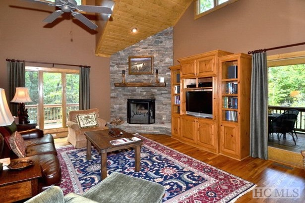 Fractional Listing,2 Story, 2 Story - Sapphire, NC (photo 2)