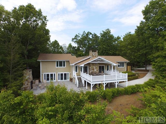 Single Family Home,Split Level,Traditional - split Level,Traditional,Other-See Remarks (photo 1)