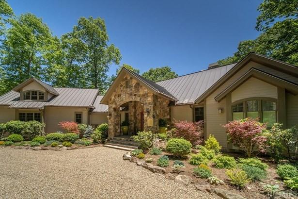 Single Family Home,2.5 Story, 2.5 Story - Cashiers, NC (photo 1)